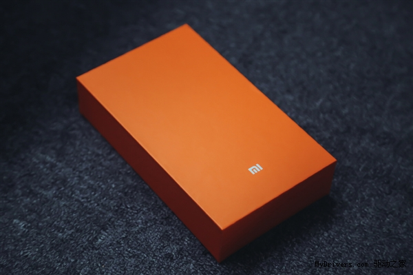 Xiaomi Mi4c packaging images shows premium quality handset ...