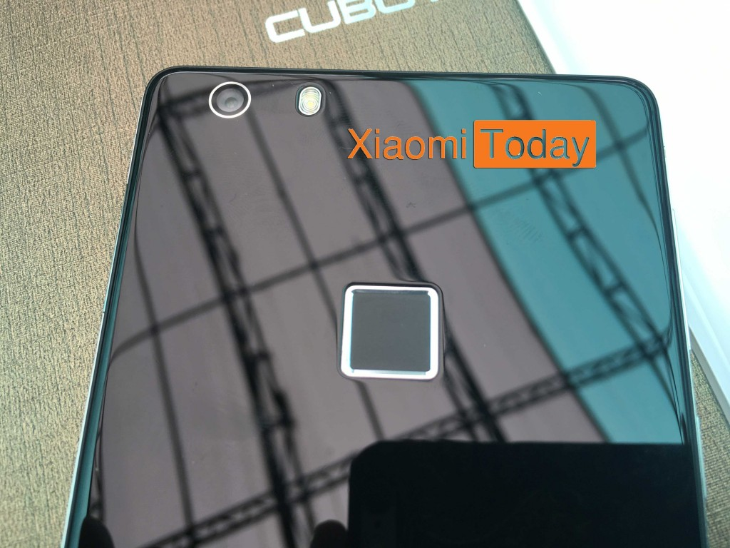 The rear side of Cubot S550