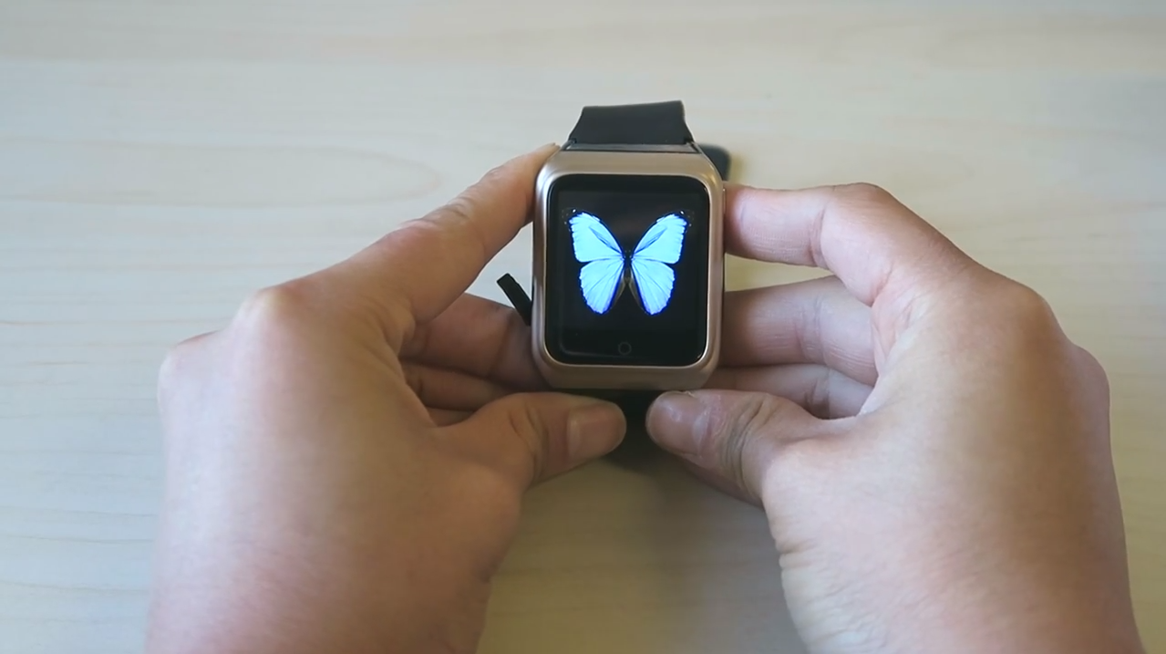 Aesthetics of the Rwatch R10 smartwatch, blue butterfly