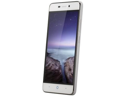 ZTE-A452-pantalla