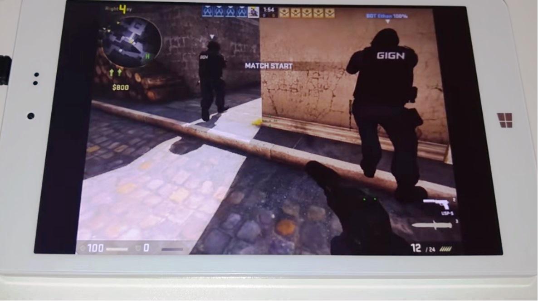Chuwi Hi8 Pro showcasing game playing