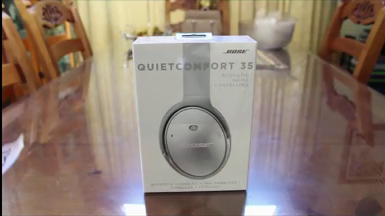 Bose QuietComfort 35 Headphones Packaging