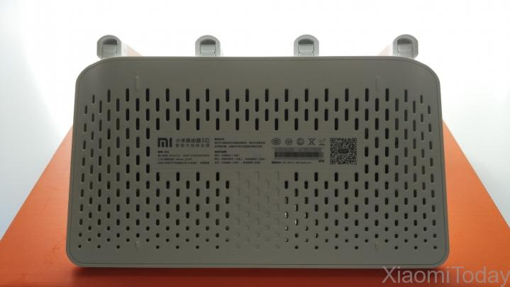 Xiaomi Mi Wi-Fi Router 3C Cooling Vents