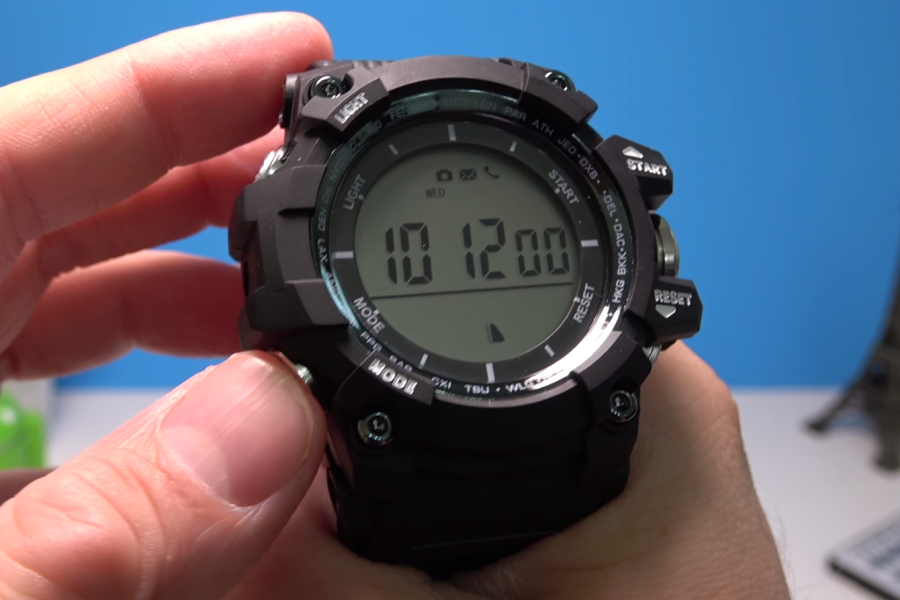No.1 F2 review – Altimeter