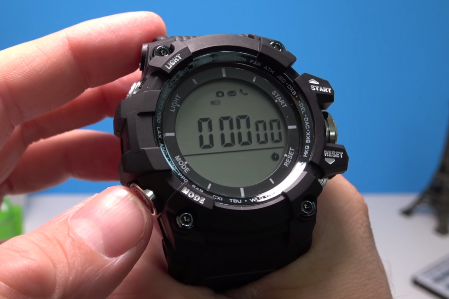 No.1 F2 review – Stopwatch