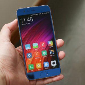 Xiaomi Mi 6 bright blue (2)