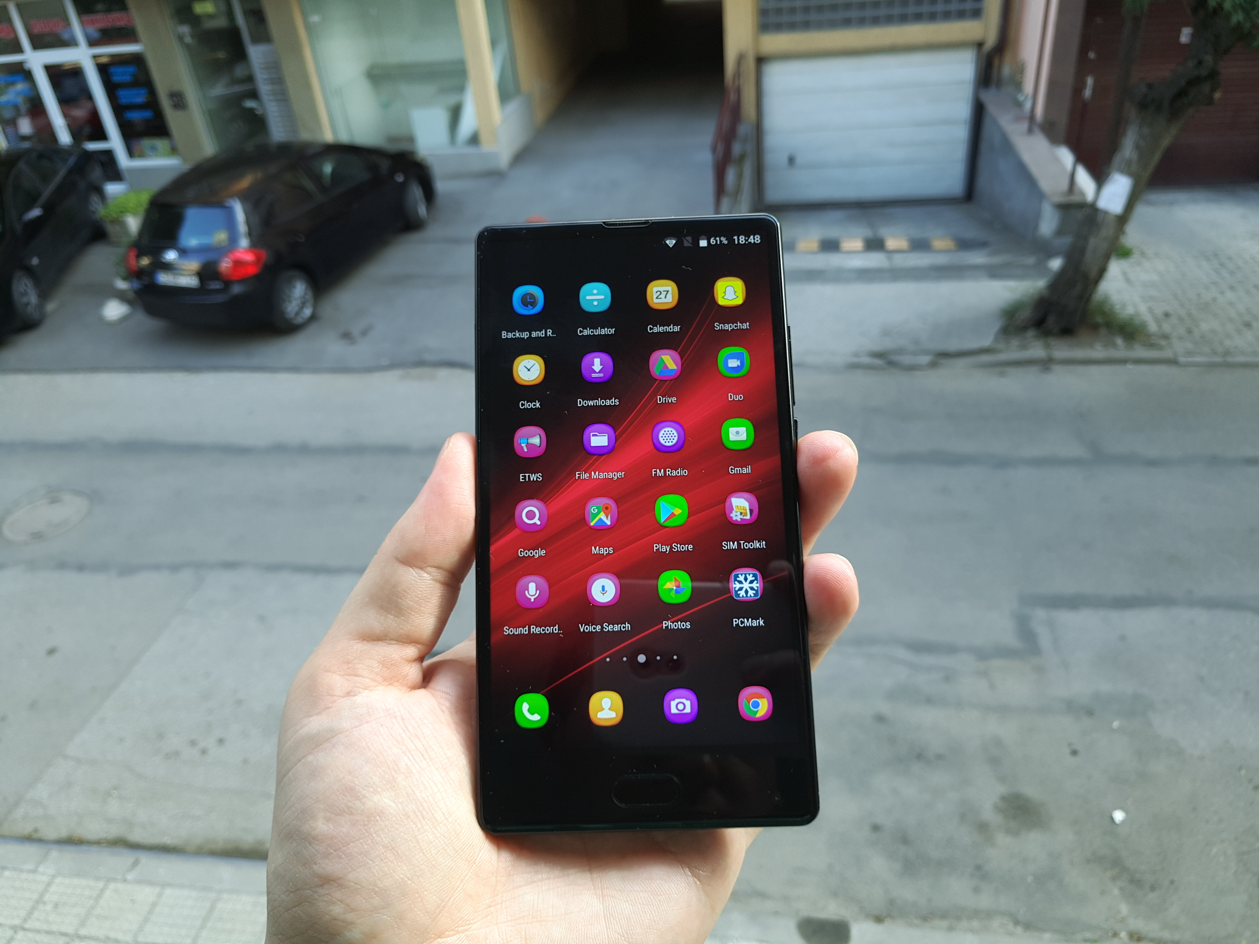 bezel-less phone bluboo s1
