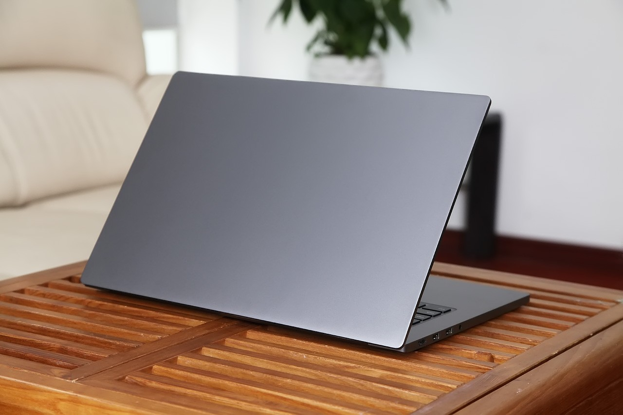 A Review - FULL Details Of Xiaomi Mi Notebook Pro