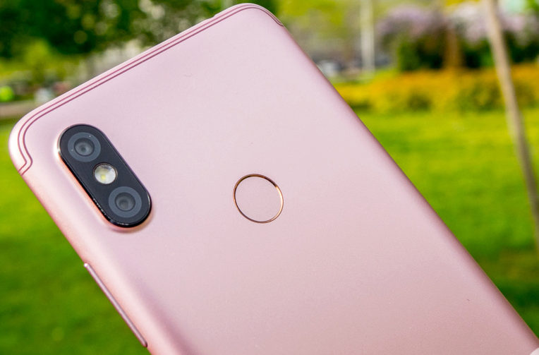 Xiaomi Redmi S2 hands-on images + Specifications