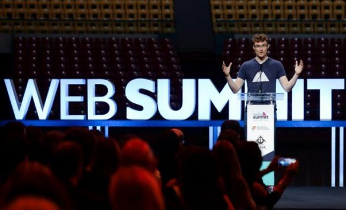 Web Summit Forum