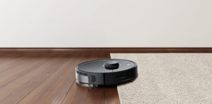 LDS Navigation vacuum cleaner