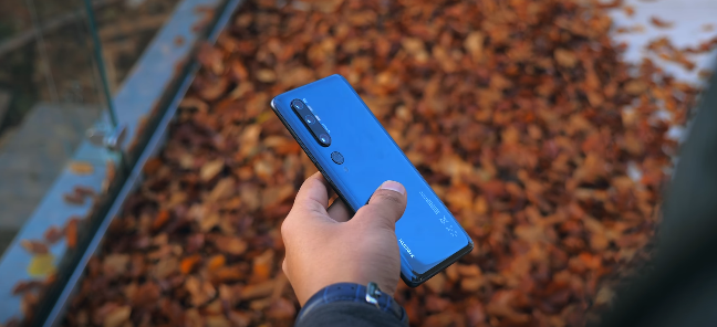 Xiaomi Mi Note 10 Vs OnePlus 7T