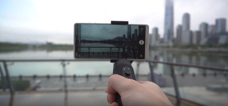 DJI OSMO Mobile 3 Vs Zhiyun Smooth Q2 Vs Feiyu Vlog Pocket Camera